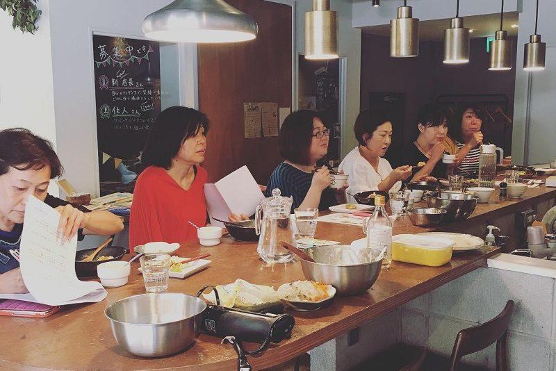 ヴィーガン料理 みのり食堂料理教室の様子