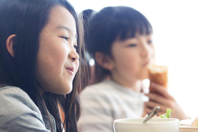 学校給食の牛乳を実際に止めた保護者の体験談を募集します