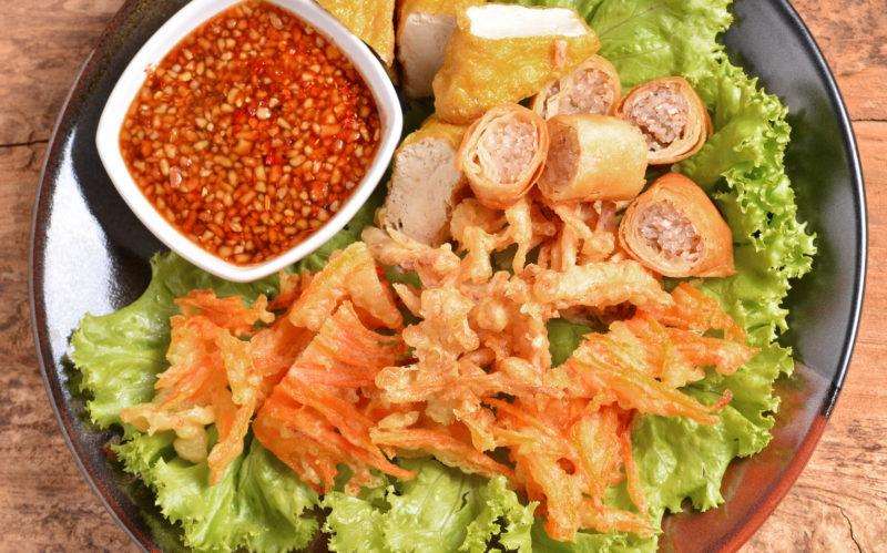 台湾の素食はボリュームたっぷり