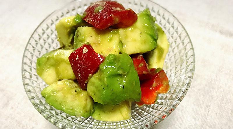 アボカドとパプリカのサラダ