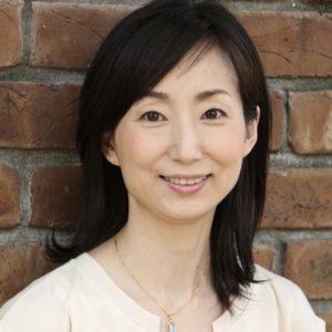 【東京】ヴィ―ガンとマクロビオティックの融合で健康と美容に嬉しい料理教室:Humming food 久島ゆきの先生