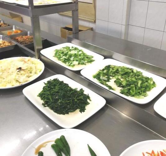 台湾台南漢來蔬食レストランのビュッフェ